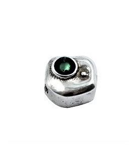Entrepieza irregular con esmalte verde 11x11mm paso 6x2,5mm, zamak baño de plata
