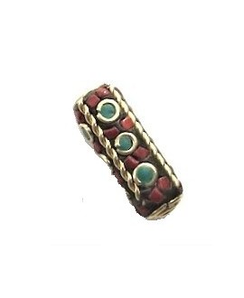 Cuenta  Tibetana bronce, turquesa y coral  25x15x8mm paso 1,5mm.