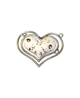 Colgante corazón doble 85x70mm, resina crema y zamak baño de plata