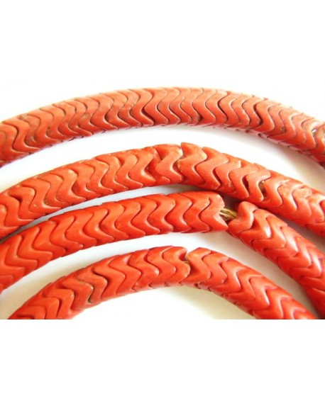 Cuentas serpiente antiguas de vidrio rojo coral  8mm