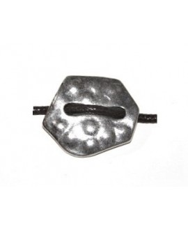 Entre-pieza irregular25/30mm paso 3mm, zamak baño de plata