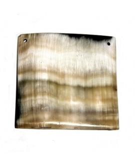 Colgante cuadrado cuerno 7cm paso 2mm, traídos de África