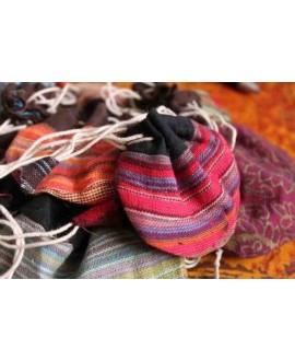 Bolsitas de algodón hechas a mano en Nepal