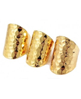 Anillo martilleado chapado en oro, ajustable