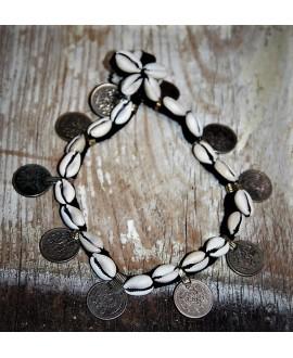 Collar conchas y monedas afgano