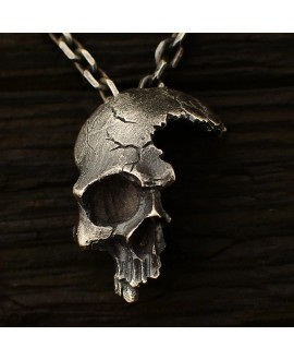 Collar calavera, metal bronce antiguo