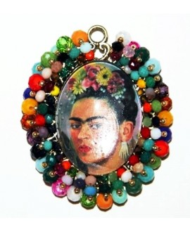 Medalla bordada a mano FRIDA KAHLO 65x60mm