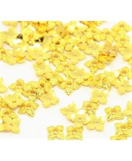 Capuchón de hierro con baño dorado 6x6x2mm, paso 1mm, precio por 30 unidades