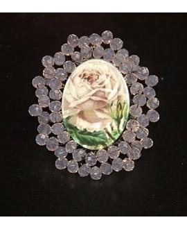 Medalla bordada a mano, rosas 48x40mm