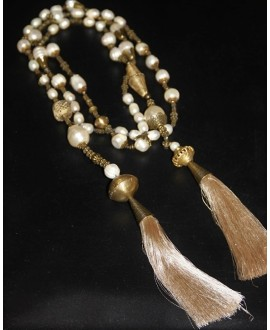 Collar perlas y borlas, abierto