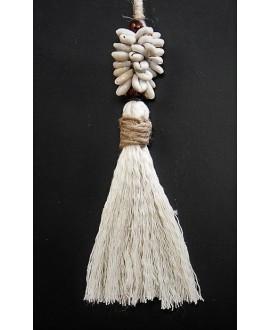 Borla de hilo de algodón, madera y conchas cauri, largo 20m