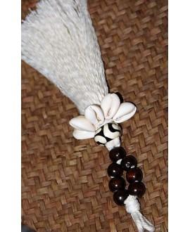 Borla de hilo de algodón, madera, hueso y conchas cauri, largo 20m