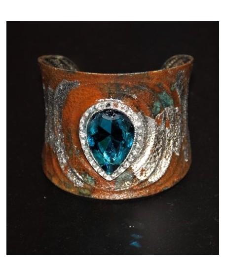 Brazalete metal patinado con cristal