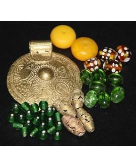Mix- África ámbar, bronce,vidrio reciclado y cuentas venecianas