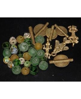 Mix- África cuentas de vidrio reciclado,  krobo y bronce