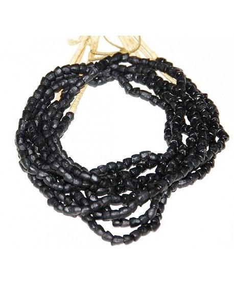 Mini negro irregular (forma pirámide) Ghana, precio por ristra, 5mm, paso 2mm.